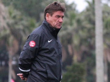 We played matches professionally-Team Manager Mischa