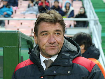We created quite a few decisive moments by breaking our opponent's formation-Team Manager Mischa