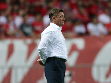 Team Manager Mischa – press conference after the match against Kashima Antlers