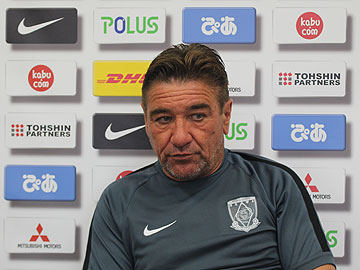 Team Manager Mischa – press conference the day before the match against Albirex Niigata
