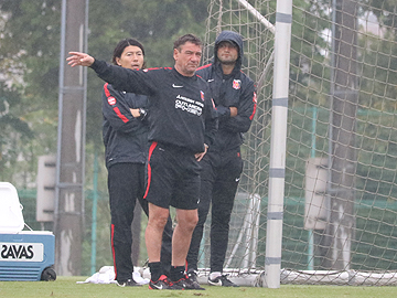 Team Manager Mischa – press conference the day before the match against Kashima Antlers