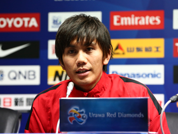Team Manager Mischa and Player Kashiwagi attend official interview session before the match against Guangzhou Evergrande