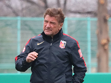 Team Manager Mischa – pre-match press conference the day before the match against Jubilo Iwata