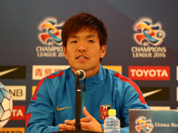 Team Manager Mischa and Player Nishikawa attend official interview session before the match against Pohang Steelers