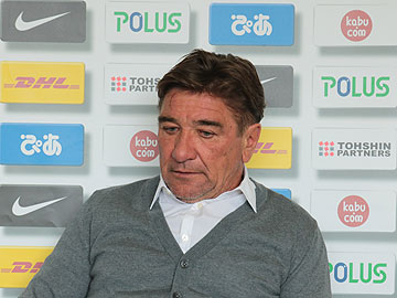 Team Manager Mischa – pre-match press conference the day before the match against Albirex Niigata