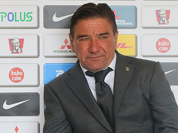 Team Manager Mischa – pre-match press conference the day before the match against Gamba Osaka