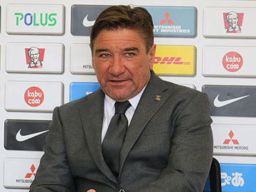 Team Manager Mischa – pre-match press conference the day before the match against Vissel Kobe