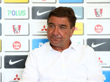 Team Manager Mischa – pre-match press conference the day before the match against Cerezo Osaka