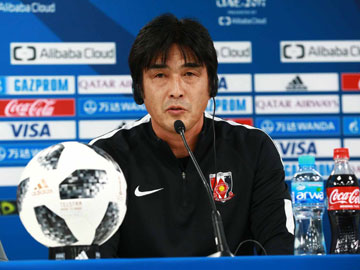 Team Manager Hori and Player Abe attend an official interview session the day before the match against Al Jazira
