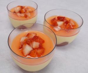 美園イチゴと彩たまごのプリン