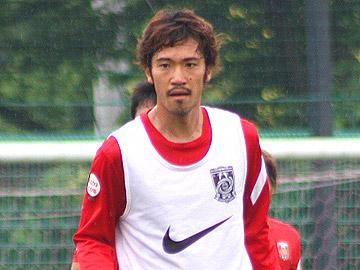 阿部勇樹「監督が納得できるようなプレーをしたい」
