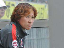 浦和レッズレディース 手塚 貴子監督 辞任のお知らせ