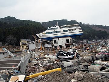 東日本大震災等支援プログラム ~浦和レッズの被災地支援~