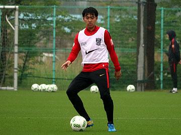 遠藤 航「無失点に抑え、攻撃的なサッカーで勝利する」