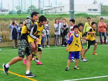 西川、大谷、李、槙野と浦和レッズが熊本への支援を実施