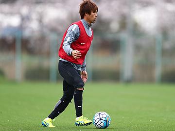 駒井善成「球際で負けない闘志を見せ、自分たちのサッカーで勝利する」