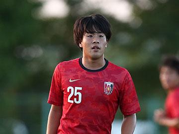 斎藤翔太選手、JAPANサッカーカレッジと契約