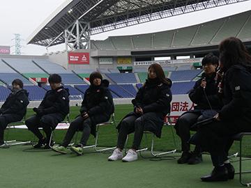 『一般社団法人浦和レッズ後援会 2018シーズン大納会』にトップチームとレッズレディースの選手が参加