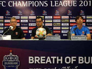 ブリーラム・ユナイテッド戦 試合前日公式会見にオズワルド オリヴェイラ監督と長澤が出席