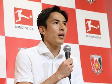 長谷部 誠選手が浦和レッズアカデミーの選手たちを激励